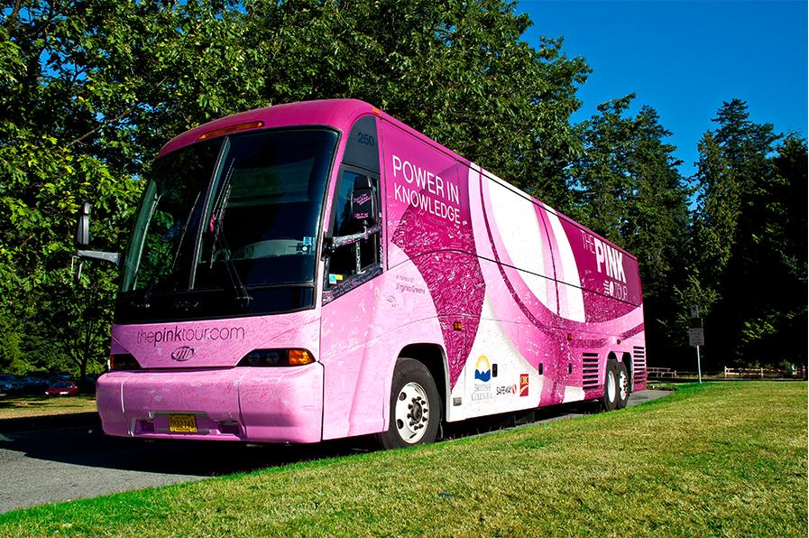 pinkbus-exterior